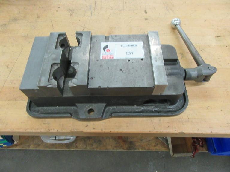 "D60 6"" Machine Vise With Handle"