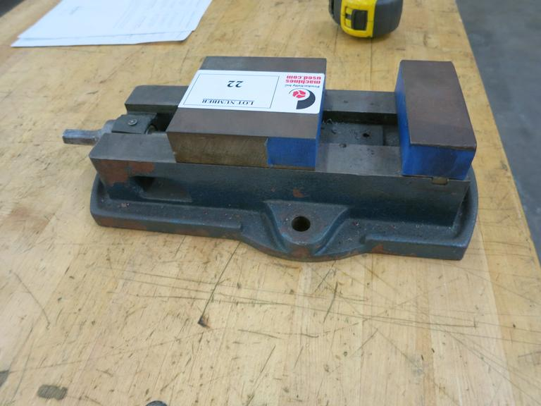 "Machine Vise, 4"" Wide Jaws"