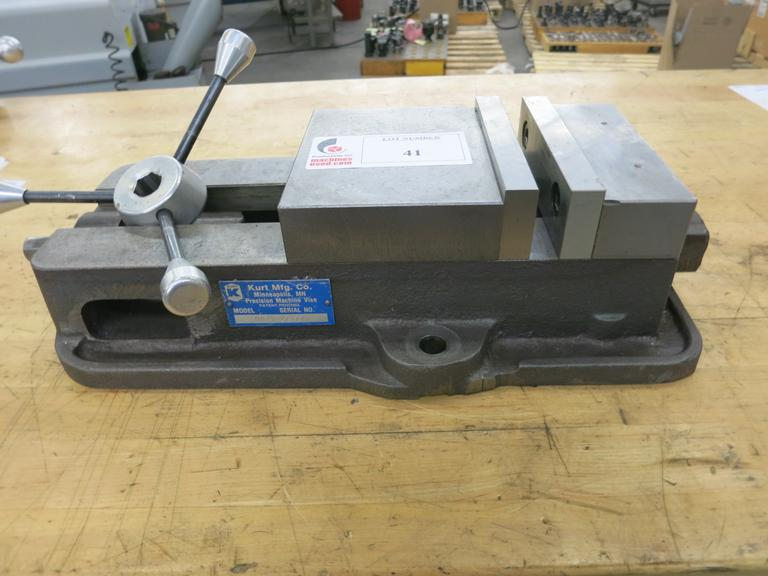 "Kurt Model D675 6"" Machine Vise With Speed Handle"