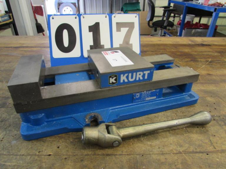 "Kurt D-688 6"" Machine Vise with Handle"