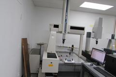 Mitutoyo BRT-A710 DCC Coordinate Measuring Machine (CMM) - Direct Computer Controlled with Renishaw Probing