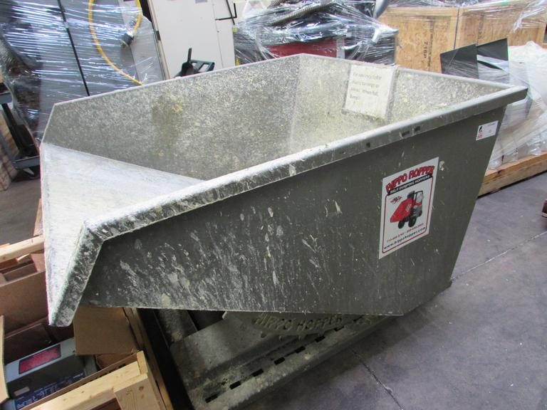 Fab Corp Hippo Hoper Self-Dumping Hopper.  2 Yard Capacity