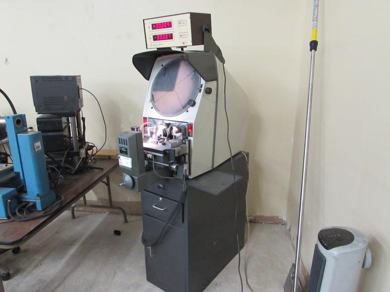 "Gage Master Series 20 14"" Optical Comparator with 2-Axis DRO"