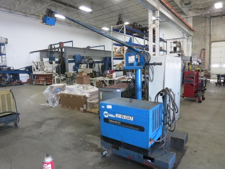 Miller Deltaweld 451 Welder with Miller Boom Arm, Miller DS60 24V Contant Speed Wire Feed Unit, HD Portable Cart