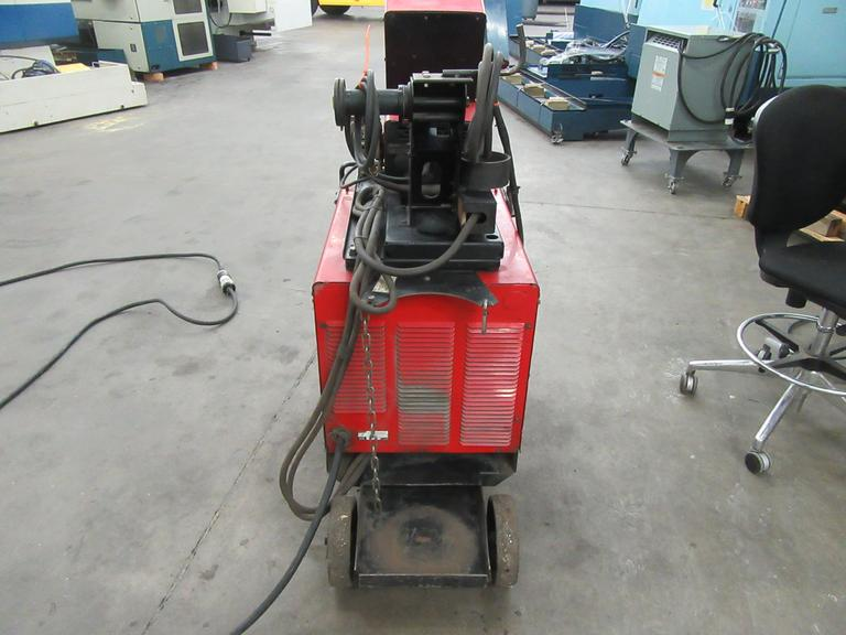 Lincoln Idealarc CV-300 Wire Feed Welder,  400 Amps @ 60% Duty, 300 Amps @ 100%, Lincoln LN-10 Wire Feed