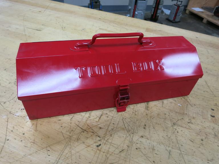 Metal Tool Box with Metric Wrenches, Alan Wrenches and Screw Drivers