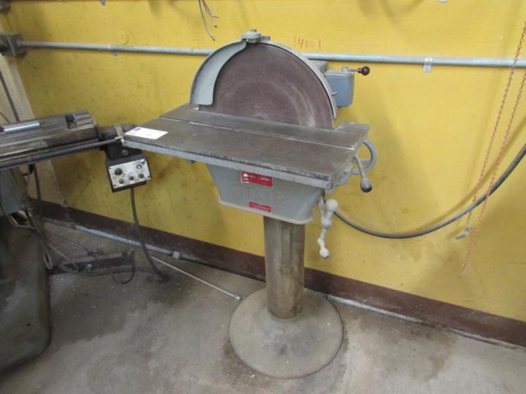 "State Model D16 Disc Sander.  16"" Diameter Disc, 22.25""x9.25"" Slotted Tilting Table, FWD/REV Drum Switch, 1725RPM, 1HP Motor"
