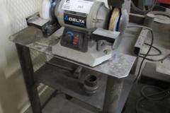 Machines Used Delta Shopmaster Double End Bench Grinder With Stand