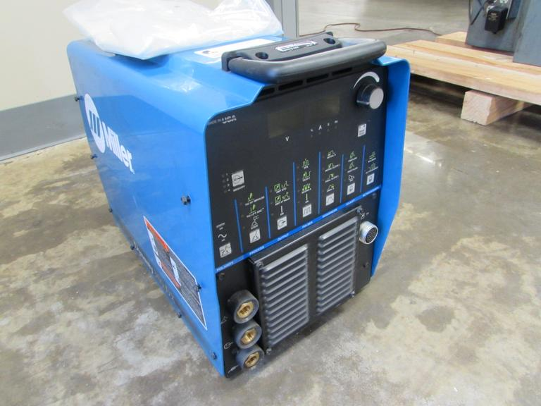 Miller Dynasty 300DX TIG Welding Power Source