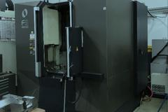 Makino F5 CNC Vertical Machining Center with 30,000 RPM Spindle and Probing