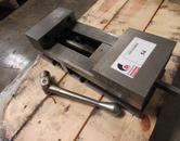 "Kurt 3600V 6"" Machine Vise With Handle"