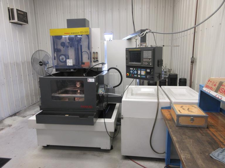 Fanuc Robocut Alpha 1C CNC Wire Electrical Discharge Machine (EDM) with Auto Thread, Ebbco Filtration