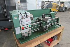 Grizzly G4003 Removable Gap Engine Lathe with Chucks, Rolling Bench and Single Phase Motor
