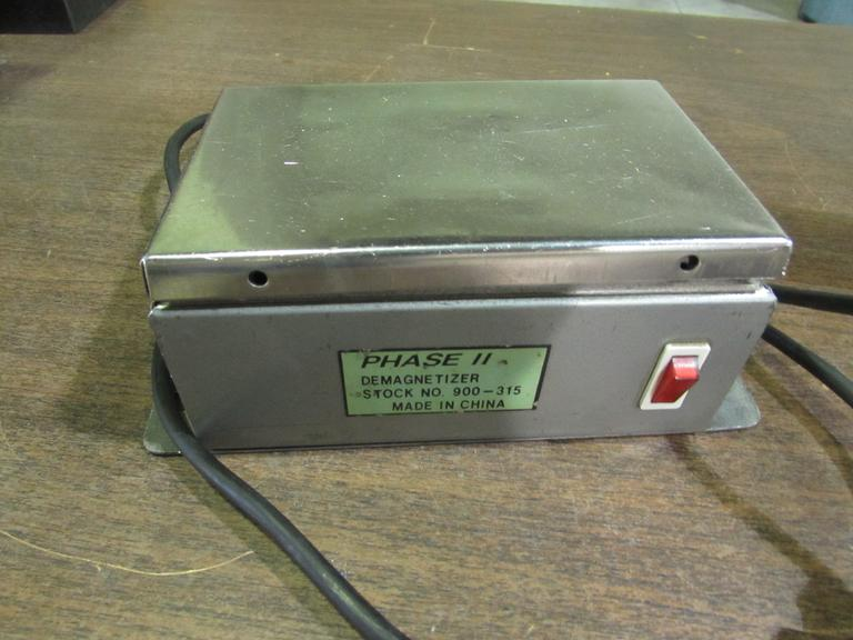 "Phase II Stock No. 900-315 Demagnetizer with 6-3/4"" x 4-1/2"" Platen"