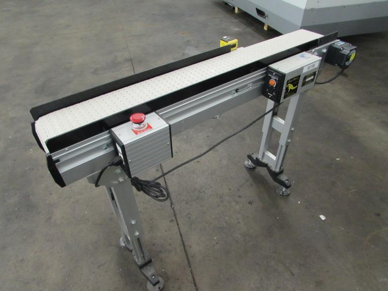 Smart Move Variable Speed Belt Conveyor with Adjustable Frame