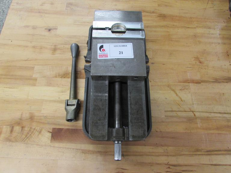 Kurt D-675 Precision Machine Vise with Aluminum Jaws and Handle