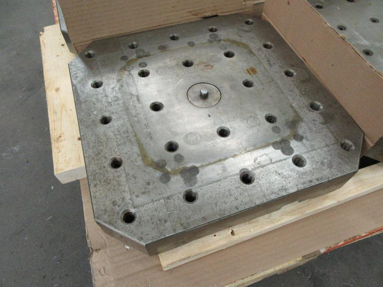 400x400mm Pallet for Makino a51, a55, a55E, a66 Horizontal Machining Centers and D500 Vertical Machining Center