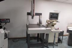 Mitutoyo BHN 305 Coordinate Measuring Machine with Computer System and Renishaw Probe