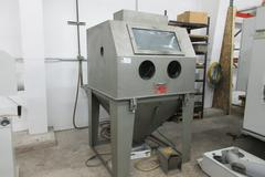 Trinco Dry Blast 40X40SL/BP Sand Blasting Cabinet with BP2 Reclaim Unit